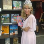 "Holding ""Sarah's Special Birthday"" at Miami Book Fair"